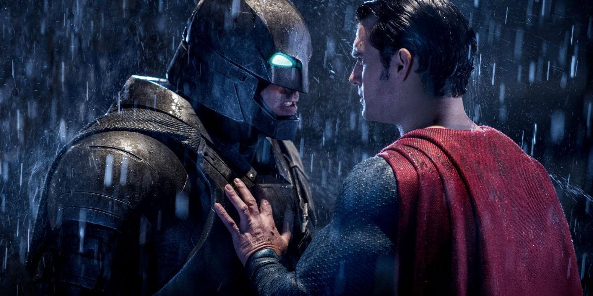 """""""Batman Vs Superman - A Origem da Justiça"""" é o filme da Tela Quente desta segunda (11)"""