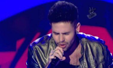 Ex-The Voice Leandro Buenno revela ter HIV