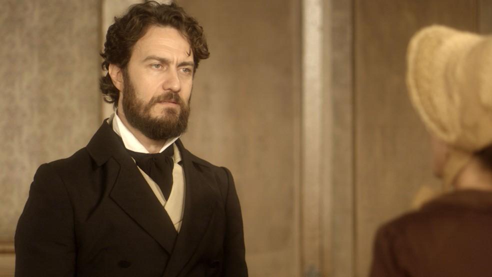 """Anna descobre que Thomas foi marujo de seu pai. Sexta (29/5), em """"Novo Mundo"""""""