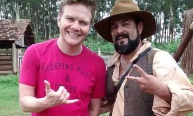Ator de 'Escrava Mãe', Paco Rodrigues, morre em acidente de moto na Rodovia Anhanguera. Foto: Instagram