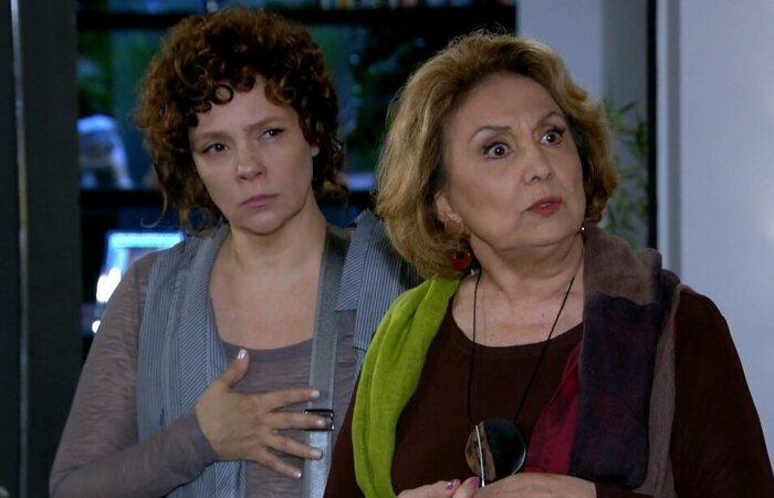 """Alice sugere que Íris chantageie Tereza Cristina. Sábado (25/7), em """"Fina Estampa"""""""