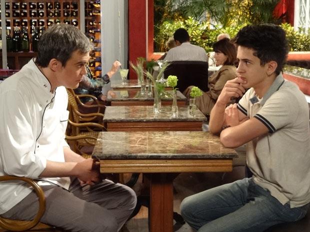 """Griselda convida Renê e o filho para morarem em sua casa. Sexta (3/7), em """"Fina Estampa"""""""