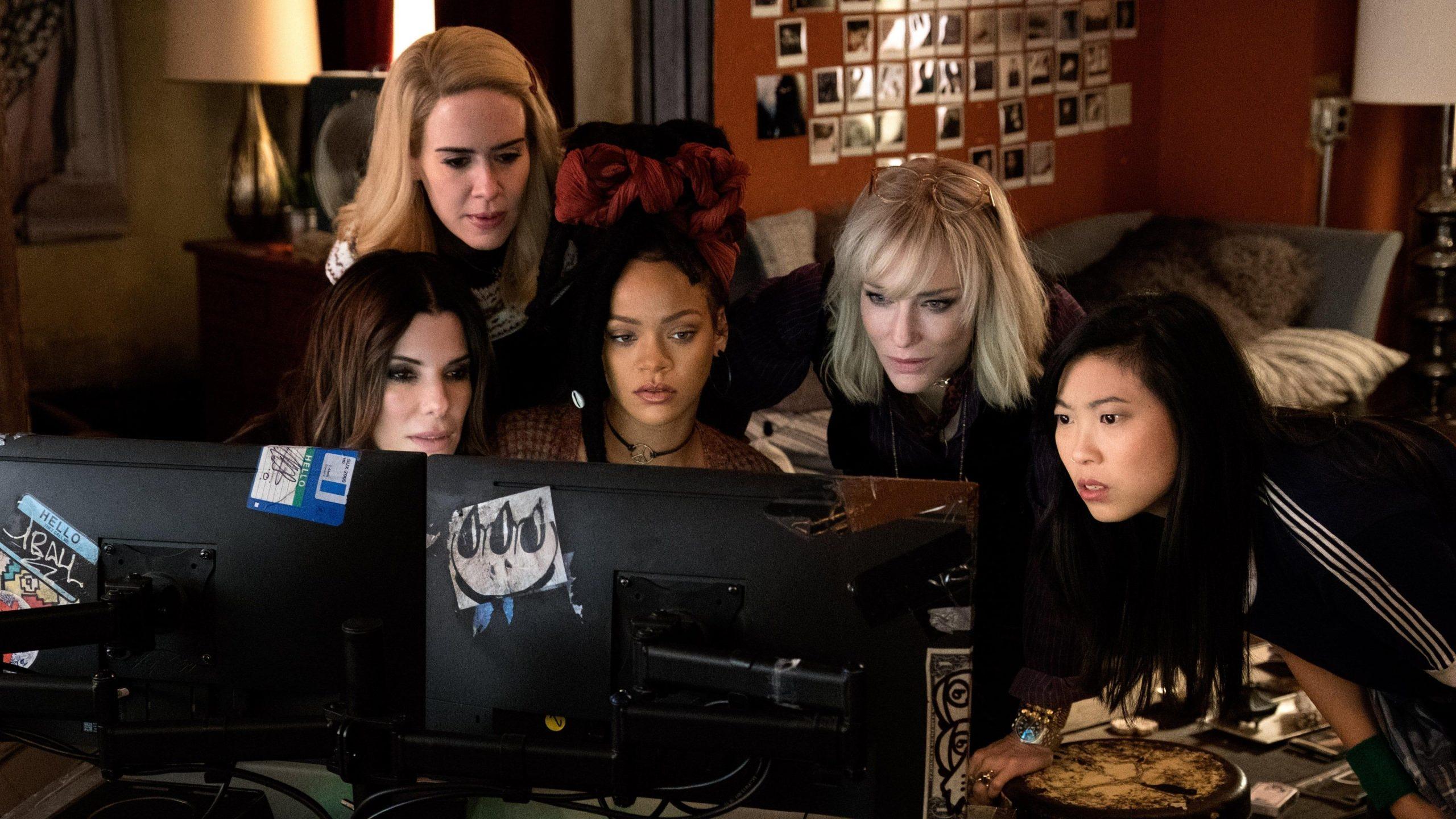 """""""Oito Mulheres e um Segredo"""" é o filme da Tela Quente desta segunda (24)"""
