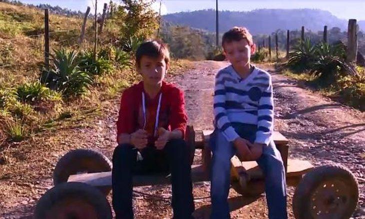 """Veja como estão hoje os meninos do meme """"taca-le pau nesse carrinho"""""""
