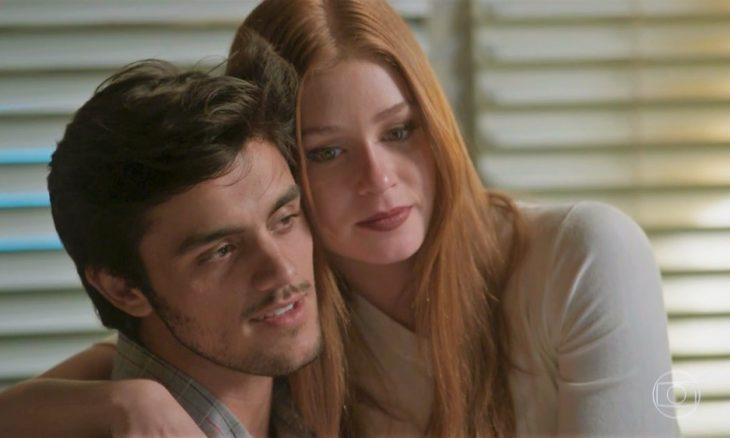 Eliza e Jonatas em Totalmente Demais