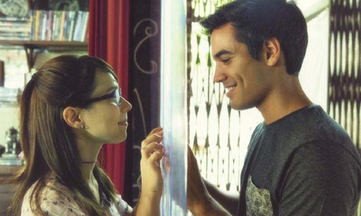 """Namoro? Guto e Benê decidem que são mais que amigos nesta segunda (26) em """"Malhação"""""""