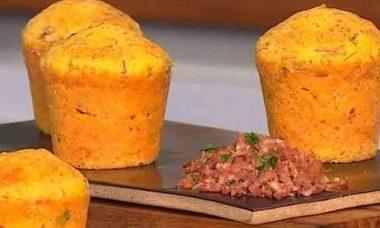 Aprenda a fazer Petit gâteau de carne-seca e requeijão. Foto: Reprodução TV Globo