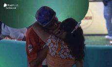 A Fazenda: Raissa Barbosa e Lucas Maciel se beijam após briga. Foto: reprodução Playplus