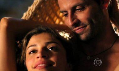 """Ester vai falar em divórcio com Alberto nesta quarta (7) em """"Flor do Caribe"""""""