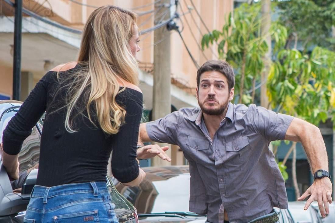 """Zeca leva um tiro para proteger Jeiza nesta quinta (15) em """"A Força do Querer"""""""