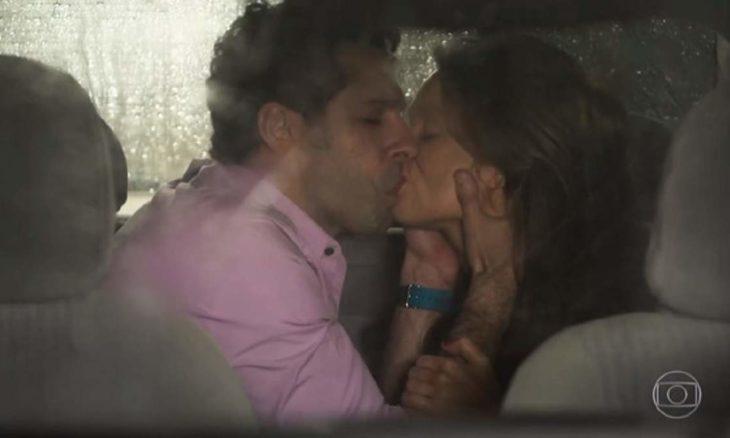 """Beto e Tancinha se beijam nesta terça - feira (10) em """"Haja Coração"""""""