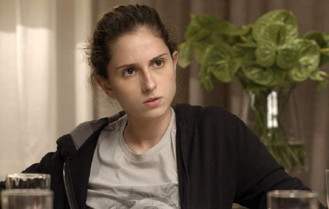 """Ivana usa roupa de Ruy para encontro e ele a critica nesta terça (3) em """"A Força do Querer"""""""