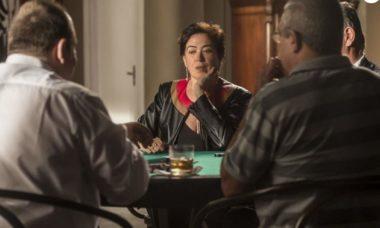 """Silvana perde no cassino e é impedida de sair neste sábado (2) em """"A Força do Querer"""""""