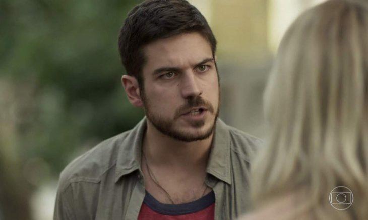 """Zeca briga com Jeiza ao saber de sua viagem neste sábado (26) em """"A Força do Querer"""""""