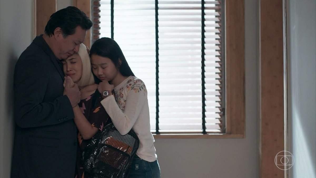 """Tina volta para casa e se abala com o estado de Mitsuko nesta quinta (31) em """"Malhação"""""""