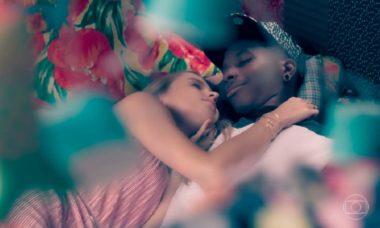 """Fio e Clara passam a noite juntos nesta quarta (2) em """"Malhação - Viva a Diferença"""""""