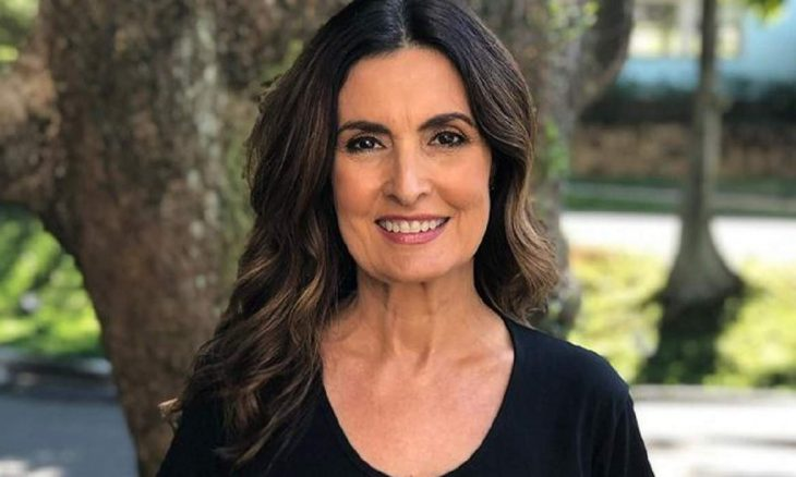 Fátima Bernardes inicia o tratamento contra o câncer no útero e realiza cirurgia
