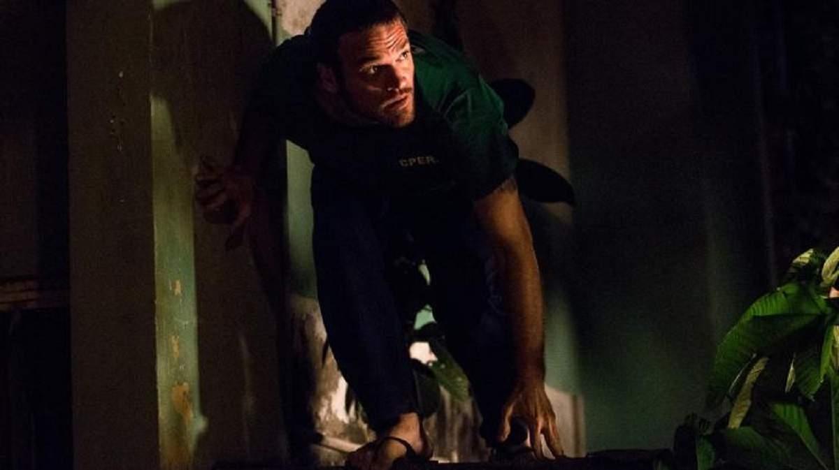 """Rubinho foge da prisão com ajuda de Bibi nesta terça (1) em """"A Força do Querer"""""""