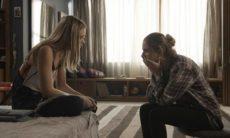 """Ivana conta à Simone que pode ser transsexual nesta terça (22) em """"A Força do Querer"""""""