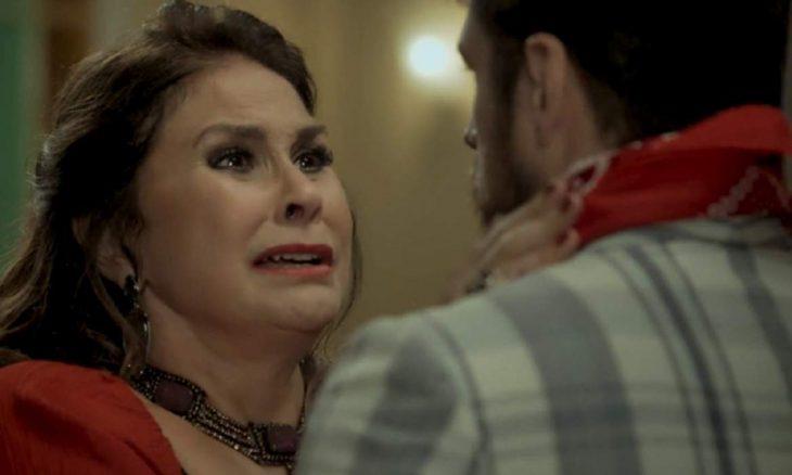"""Mere descobre que Zeca é seu filho e se apresenta nesta quarta (23) em """"A Força do Querer"""""""
