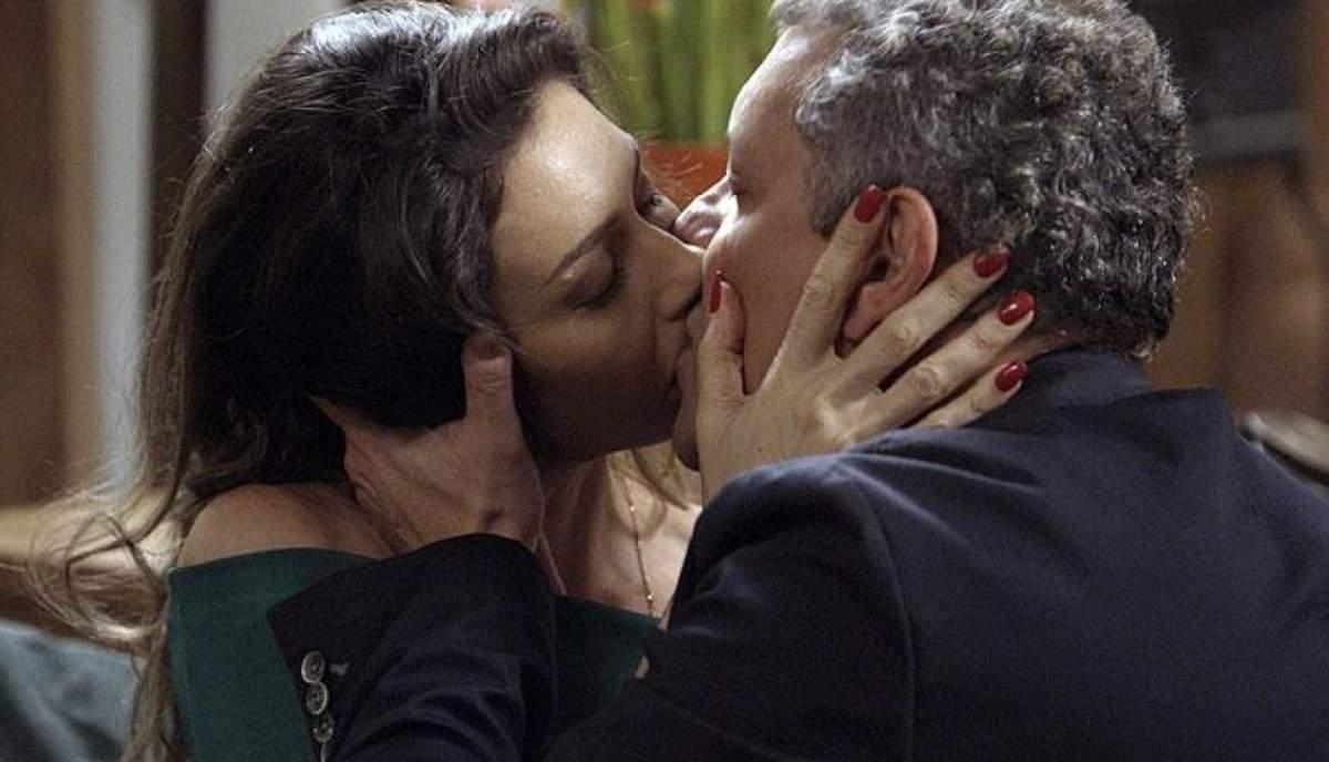 """Joyce e Leandro se beijam nesta segunda (4) em """"A Força do Querer"""""""