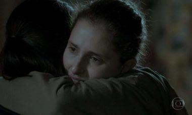 """Ivana se abriga na casa de Nonato nesta sexta (15) em """"A Força do Querer"""""""