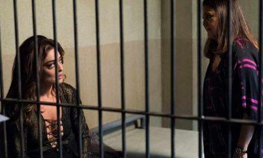 """Bibi é presa e Aurora visita na prisão nesta segunda (1) em """"A Força do Querer"""""""
