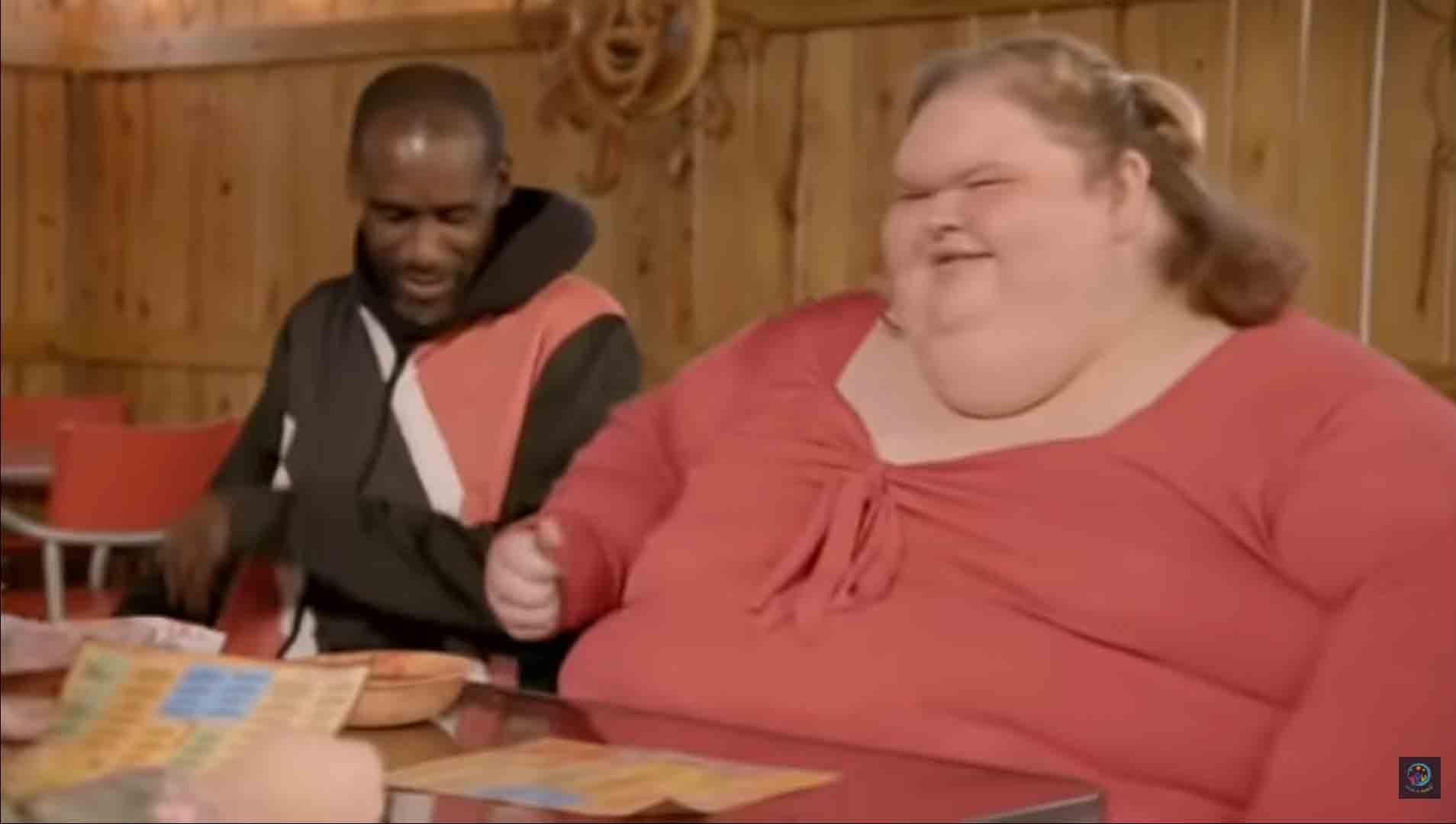 Estrela de reality show sobre perda de peso, revela ser pansexual para o namorado. Foto: reprodução Youtube
