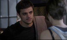 """Karina pede para lutar com Cobra nesta terça (16) em """"Malhação: Sonhos"""""""