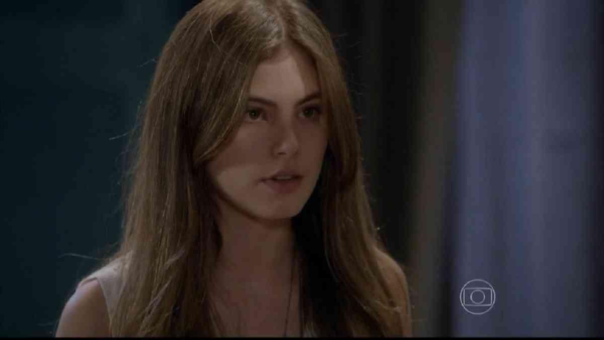 """Bianca ouve que Karina pode não ser filha biológica de Gael nesta quinta (18) em """"Malhação: Sonhos"""""""