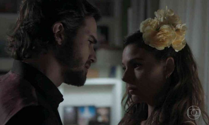 Ritinha avisa a Ruy que quer voltar para Parazinho nesta segunda (8) em 'A Força do Querer'