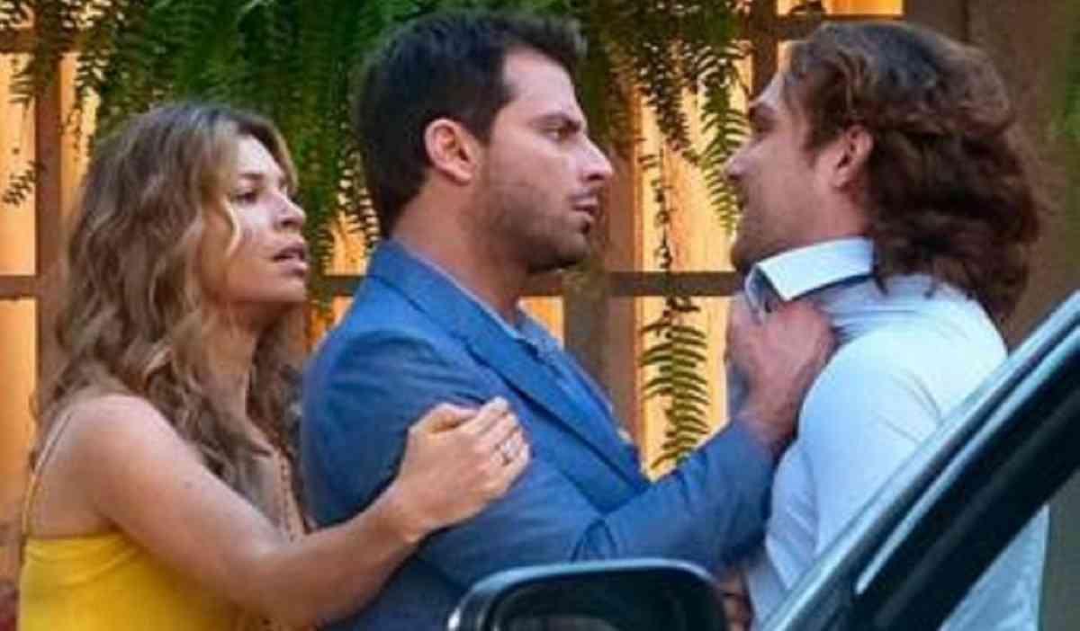 """Cassiano agride Alberto nesta segunda (8) em """"Flor do Caribe"""""""