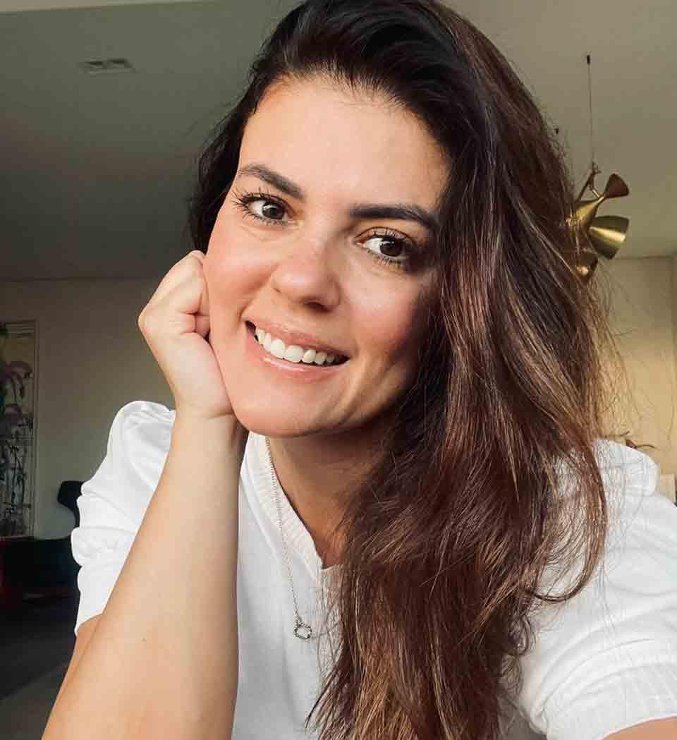 Escritora Thaís Vilarinho lança aplicativo 'Mãe Fora da Caixa', com o propósito de criar uma rede de apoio entre mulheres. Foto: Divulgação