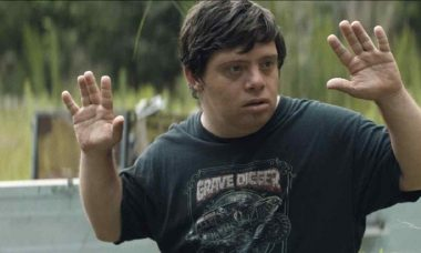 O filme 'O Falcão Manteiga de Amendoim' será exibido na 'Tela Quente' desta segunda (22)