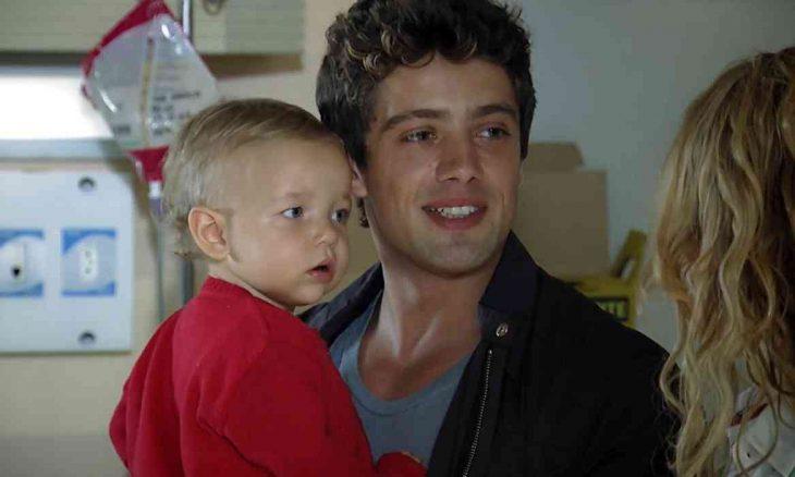 Rodrigo leva Júlia para a casa de Lourenço e Celina nesta sexta (26) em 'A Vida da Gente'
