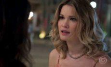 """Carmela conta a Jéssica que Felipe e Shirlei estão juntos nesta sexta (5) em """"Haja Coração"""""""