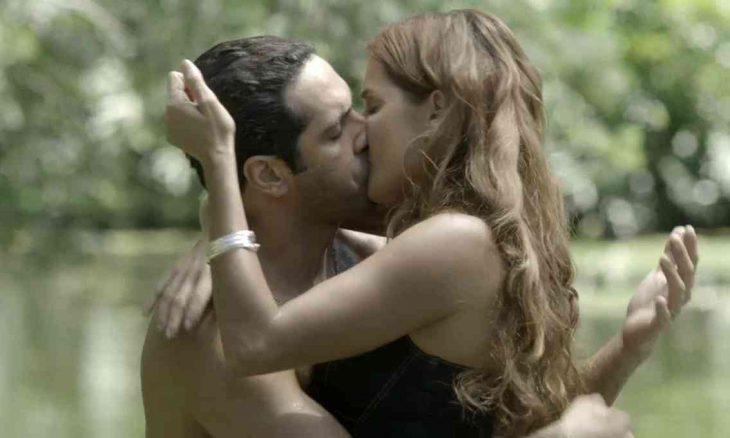 Alexia delira com Renzo e beija Zezinho nesta segunda (29) em 'Salve-se Quem Puder'