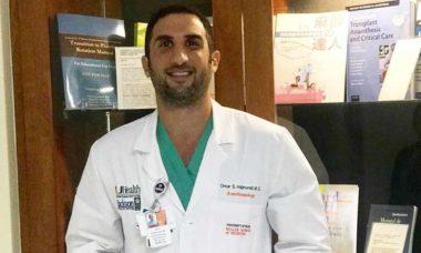 Influenciador digital Omar Hajmurad, conhecido por Doutor Ohaj, faz sucesso pelo mundo através da medicina