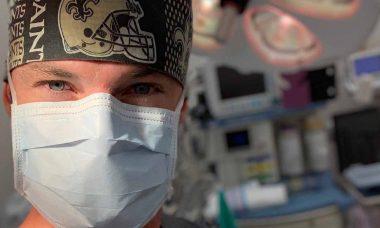 Influenciador digital Doutor Alexander Bowen é considerado uma referência no setor da medicina. Foto: Divulgação