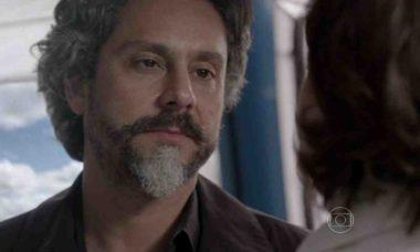 José Alfredo revela para Maria Marta que tem uma amante nesta sexta (16) em 'Império'