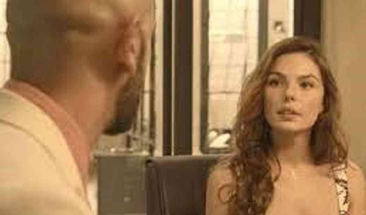 Betina decide vender suas ações da PWA nesta terça (6) em 'Amor de Mãe'