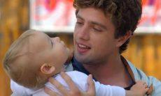 Rodrigo deixa Júlia com fome após passeio nesta segunda (12) em 'A Vida da Gente'