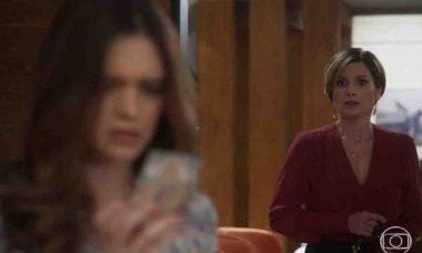 Helena flagra Luna mexendo em suas coisas nesta sexta (16) em 'Salve-se Quem Puder'