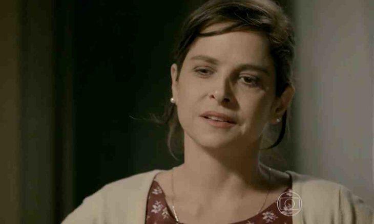 Cora reclama dos gastos de Cristina nesta quinta (29) em 'Império'