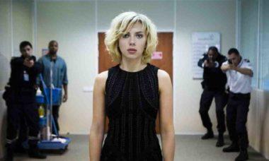 Globo vai exibir o filme 'Lucy' neste domingo a noite (23)