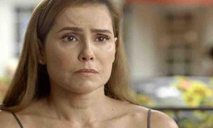 Alexia sofre pelo rompimento com Zezinho nesta quarta (2) em 'Salve-se Quem Puder'