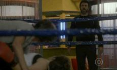 Gael flagra Karina e Pedro na academia nesta terça (11) em 'Malhação: Sonhos'