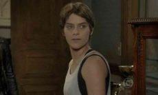 rina conta para Bianca que viu Nat na casa de Duca nesta quinta (6) em 'Malhação: Sonhos'
