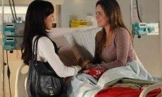 A pedido de Ana, Manuela vai ao hospital nesta segunda (10) em 'A Vida da Gente'