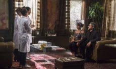 Cristina e José Alfredo fazem o exame de DNA nesta quarta (30) em 'Império'